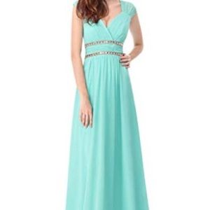 Elegant Floor Lengrh Gown